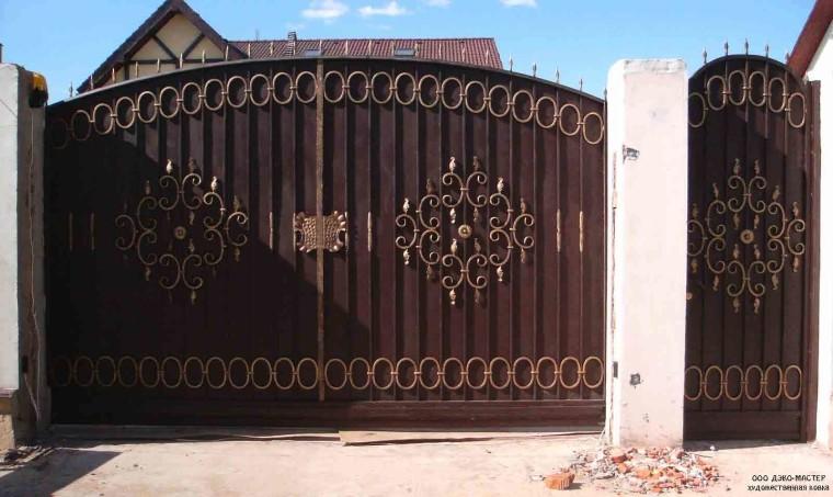 Кованые ворота и кованая калитка №3