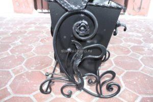 Кованая урна в Тюмени заказать на сайте stalnoi-brand.ru