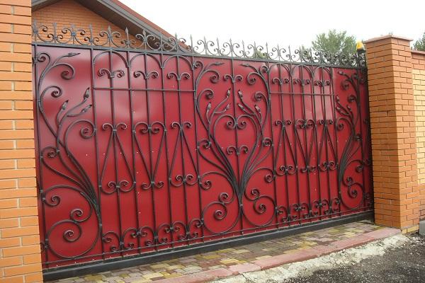 Ворота из профнастила с элементами ковки ВП-1