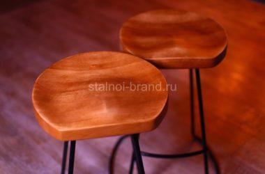 Кованые стулья для бара в Тюмени, материалы: сталь/дерево