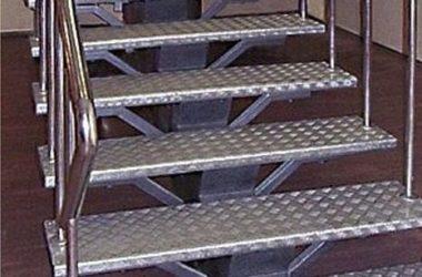 Кованая лестница КЛ-32