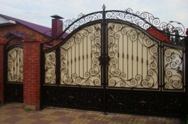 Кованые ворота и калитка 1 фото