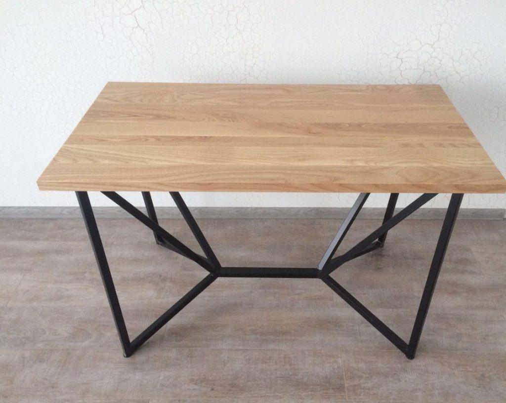Кованый стол из ясеня КС-46