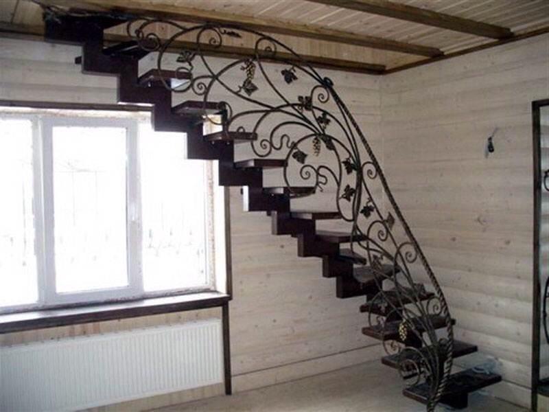 Кованая лестница КЛ-5