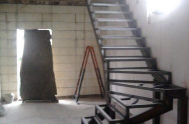 Кованая лестница КЛ-6