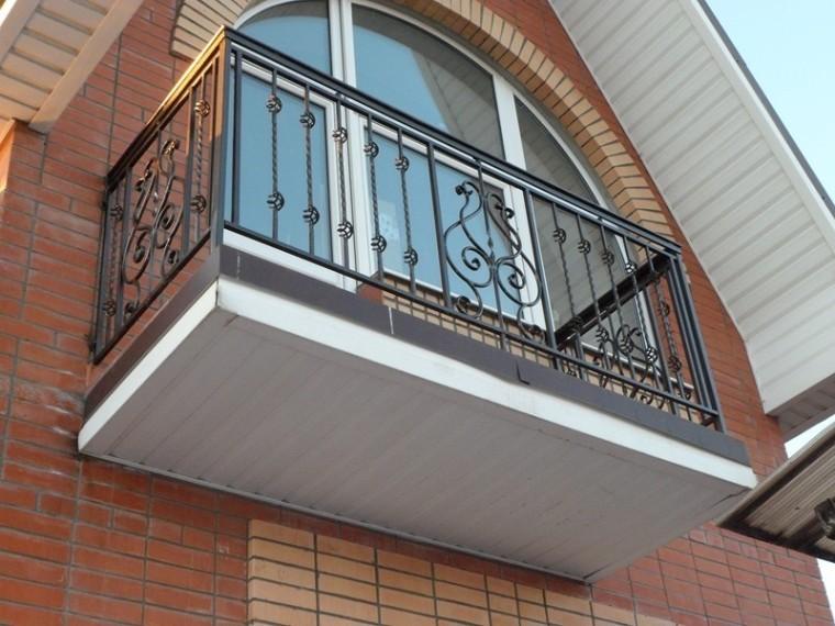 Кованое балконное ограждение КБО-18